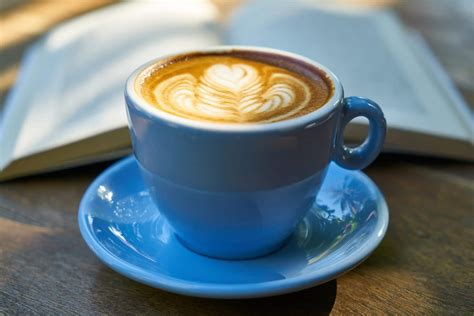 Use two rounded tablespoons of coffee for each eight oz. Café Culture in France - Renestance