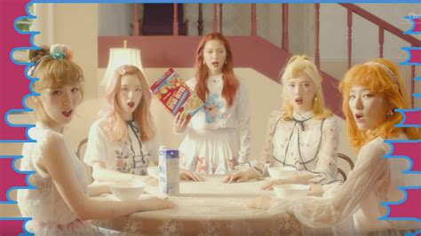 video red velvet plays  russian roulette  crazy