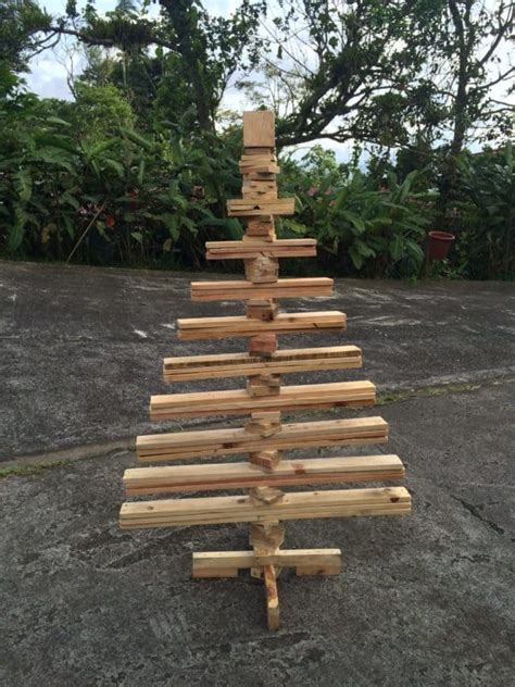 recycled pallet projects recyclart