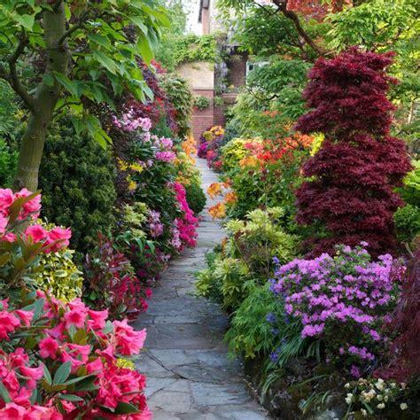 free garden paths pathway through the spring garden garden paths pinterest