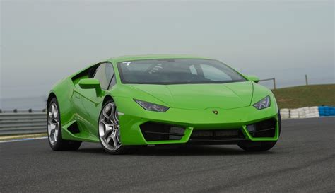 lamborghini huracan lp  review track test