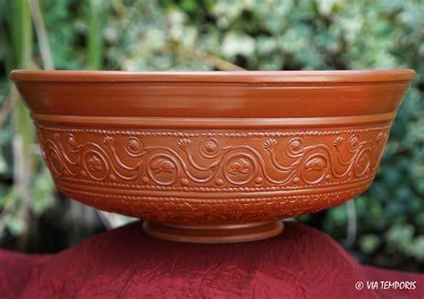 騅ier de cuisine en ceramique ceramique gallo romaine bol sigillee du sud de la gaule dr 29 mod grand via