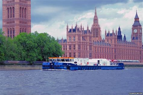 Boat Service On Thames by In Pictures The Sewers Of