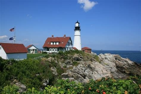 Boat Rental Maine Portland by One Of The Lighthouses On The Cruise Picture Of Portland