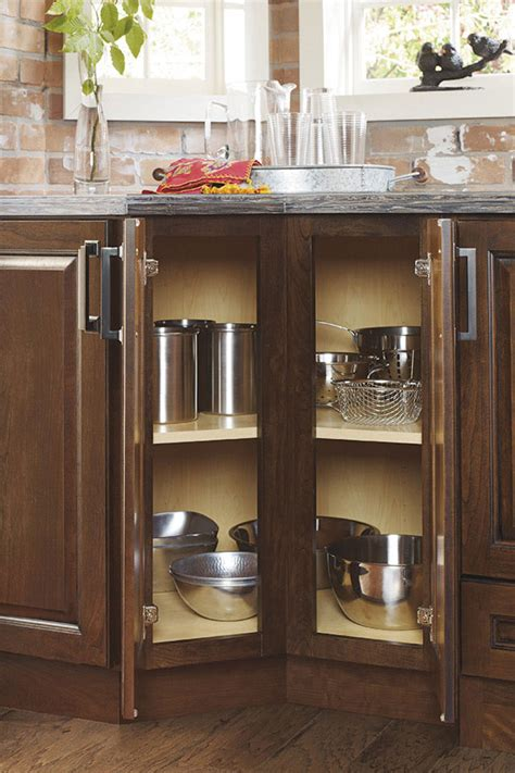 thomasville specialty products  degree base cabinet