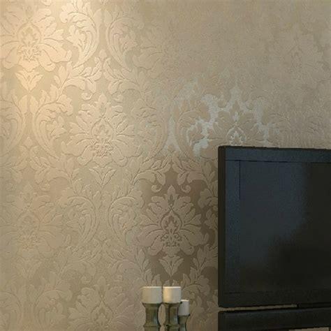 chambre blanc beige taupe le papier peint baroque et le style moderne classique