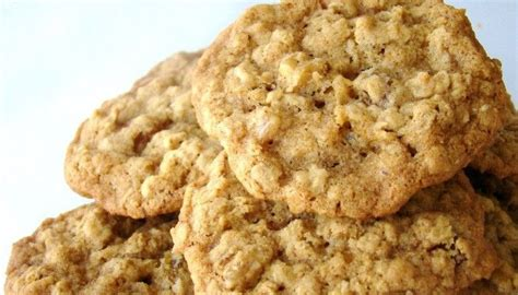 This was grandma's favorite oatmeal cookie recipe, made with oats, brown sugar, white sugar, flour, and shortening. No Sugar Oatmeal Cookies | Diabetic cookie recipes ...