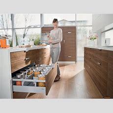 Cupboardware  Blum Tandembox Antaro Cross Divider Connectors