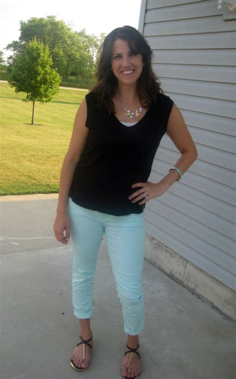 What I Wore Real Mom Style Mint Black Realmomstyle