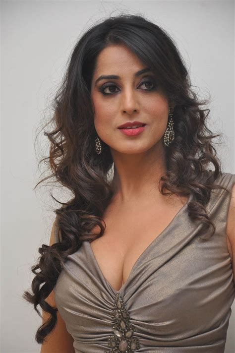 Mahie Gill Hot Gallery At Thoofan Movie Audio Launchlatest