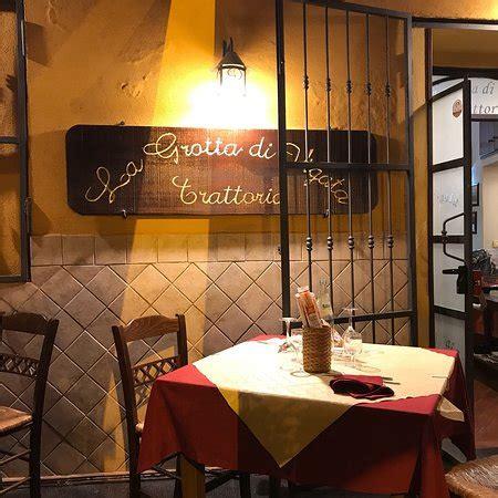 Ristoranti A Porto Empedocle by La Grotta Di Vigata Porto Empedocle Ristorante