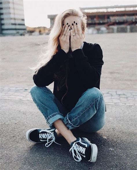 27 Casual Fall Outfits With Vans For Girls - Styleoholic