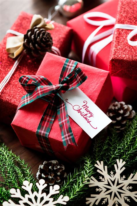 christmas is not about the gifts affordable eco friendly gifts for the entire family 50 eco warrior princess