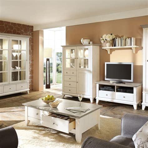Wohnzimmer Landhaus Weiß by Wohnzimmerschrank Kreta Im Landhausstil Kiefer Wohnen