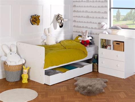 chambre bébé complète évolutive chambre bébé évolutive blanc malte