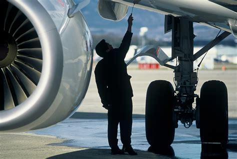 aircraft engineer career guide aviation blog