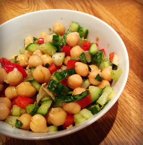 cuisines et vins salade de pois chiche et zaatar urbaine city