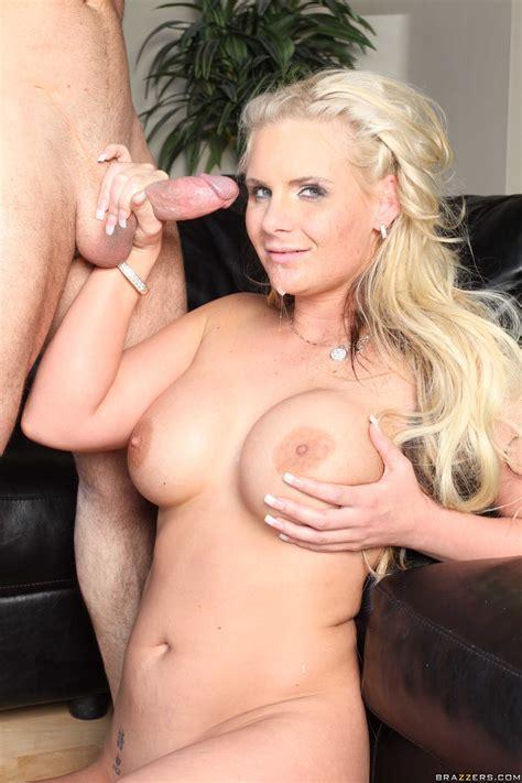 Blonde Slut Spreading Her Cunt Before A Bj Photos Phoenix