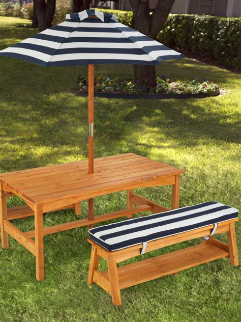 diy rectangle outdoor picnic table with umbrella and