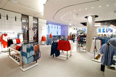 supreme clothing store locations zara opens record fifth store on oxford wgsn insider