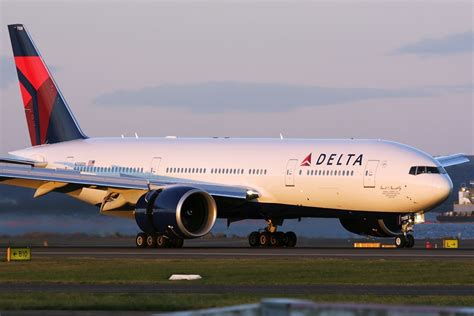 Boeing 777-200 the Trusted Aircraft in The World»RTI World