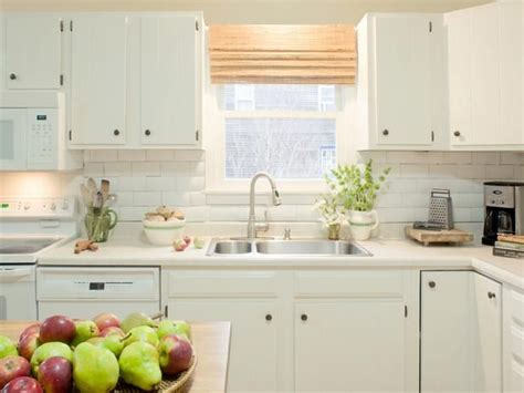 white cabinets for kitchen 165 best diy kitchens images on islands 1267