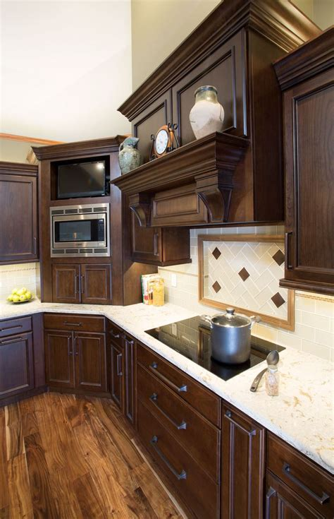 how to glaze kitchen cabinets that are painted 78 best images about today s starmark custom cabinetry 9748