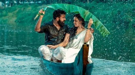 kerala couple falls  river  boat  pre wedding