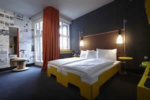 Superbude St Pauli : superbude st pauli hamburg deutschland hotelbau ~ A.2002-acura-tl-radio.info Haus und Dekorationen