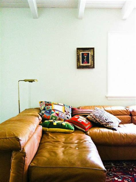 peinture cuir canap on vous présente le salon en cuir une tendance moderne