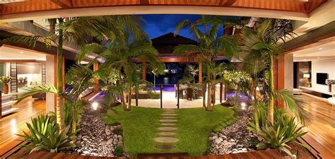 Tropical Home Style : Chris Clout Design
