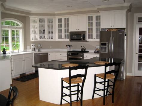 taupe kitchen cabinets and wall color white kitchen with taupe walls i recently repainted my 9454