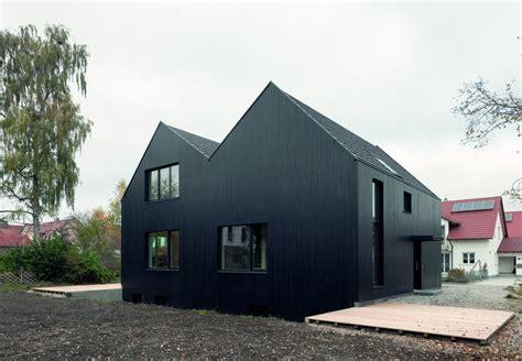 Moderne Häuser Schwarz by Doppelhaus In Schwarz H 228 Usler Doppelh 228 User Haus