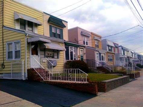 Semi-attached Homes Bayside, Queens.jpg