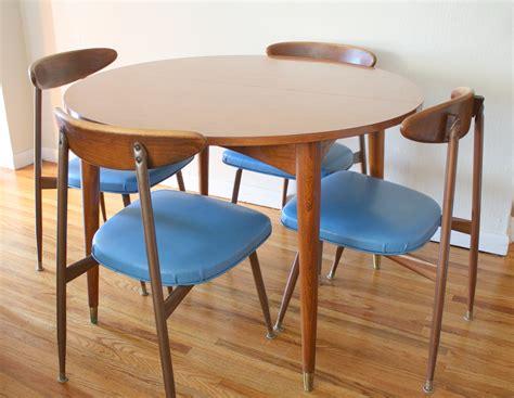 viko chair and table set 1