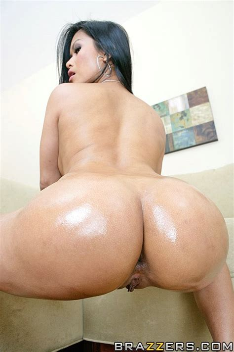 1 800 Big Wet Butts Free Video With Priva Brazzers Official