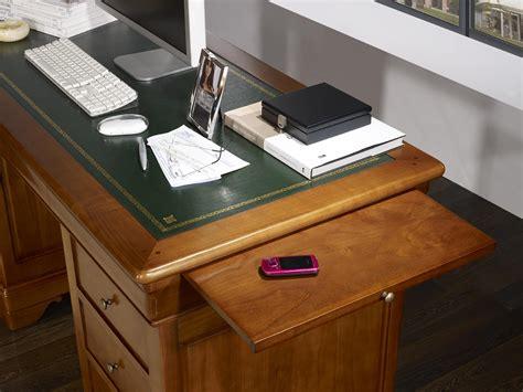 bureau merisier louis philippe bureau ministre 9 tiroirs en merisier massif de style louis philippe meuble en merisier massif