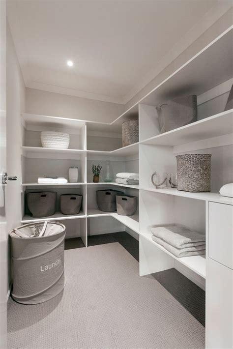 Walk In Linen Closet Design by 25 Best Ideas About Linen Cupboard On Pinterest Hall