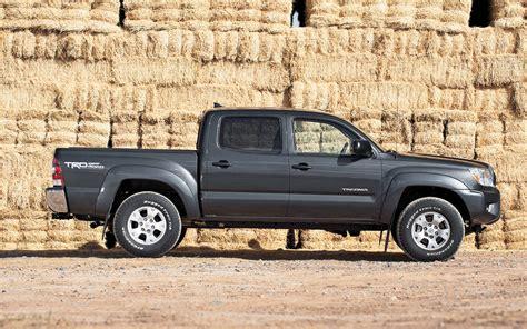 2018 Toyota Tacoma Side Profile 185130 Photo 23