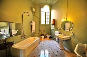 Amenager Une Petite Salle De Bain : comment am nager une petite salle de bains ~ Melissatoandfro.com Idées de Décoration