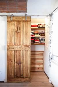 Begehbarer Kleiderschrank Kleines Schlafzimmer : die besten 25 kleiderschrank ideen auf pinterest hauptschrank layout schlafzimmer schr nke ~ Michelbontemps.com Haus und Dekorationen