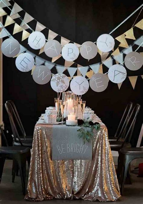 10 Cozy Decor Ideas For Your New Year's Eve Dining Room
