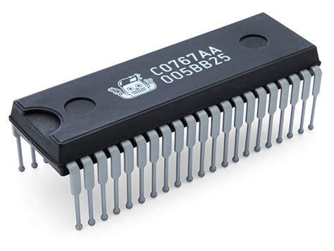 Integrated Circuit Hairbrush