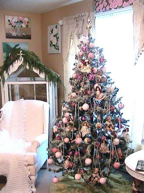 pink christmas tree decoration xmasblor