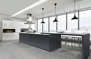 Moderne Küche Hochglanz Schwarz : inspiration k chenbilder in der k chengalerie ~ Indierocktalk.com Haus und Dekorationen