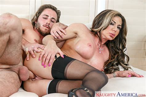 Nina Dolci And Lucas Frost In My Friends Hot Mom Naughty