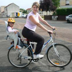 siege porte bebe velo faire du vélo avec un bébé en sécurité