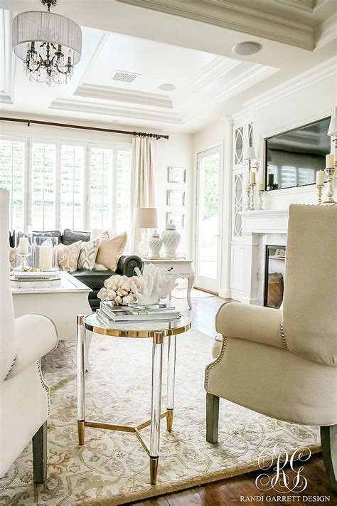 soothing summer home   neutral transitional home
