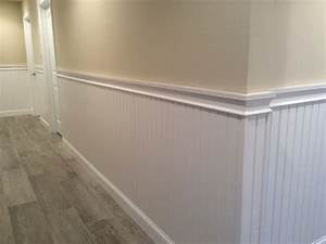 Hallway Wainscoting and Chair Rail Moulding – Mantoloking