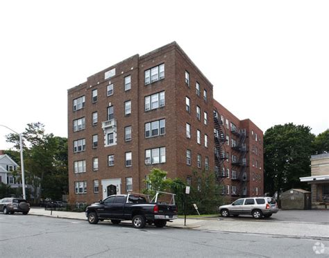 Apartment Rentals Beverly Chicago by 50 Broadway Beverly Ma 01915 Rentals Beverly Ma